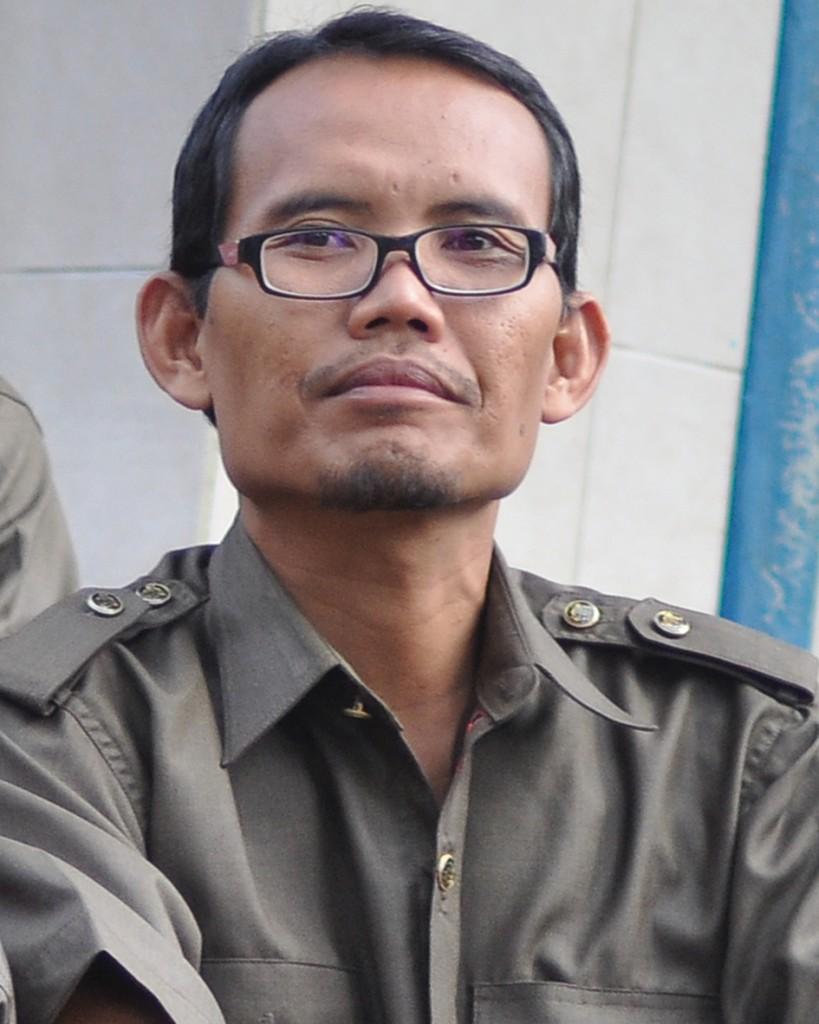 Sudaryanto, S.E. ( Guru Teknologi Ilmu Komputer )