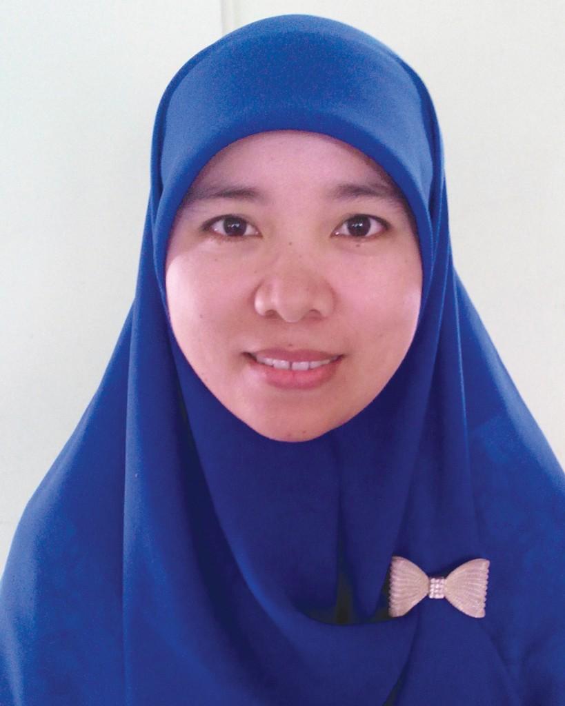 Lela Suri, S.Pd. ( Guru Bahasa Indonesia )