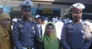 polisi 1