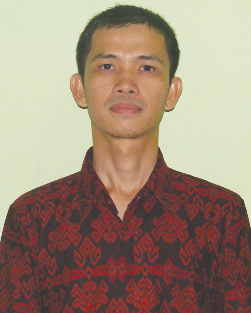 Sofyan Hadi Brata, A.Md. ( Tata Usaha Urusan Kesiswaan )