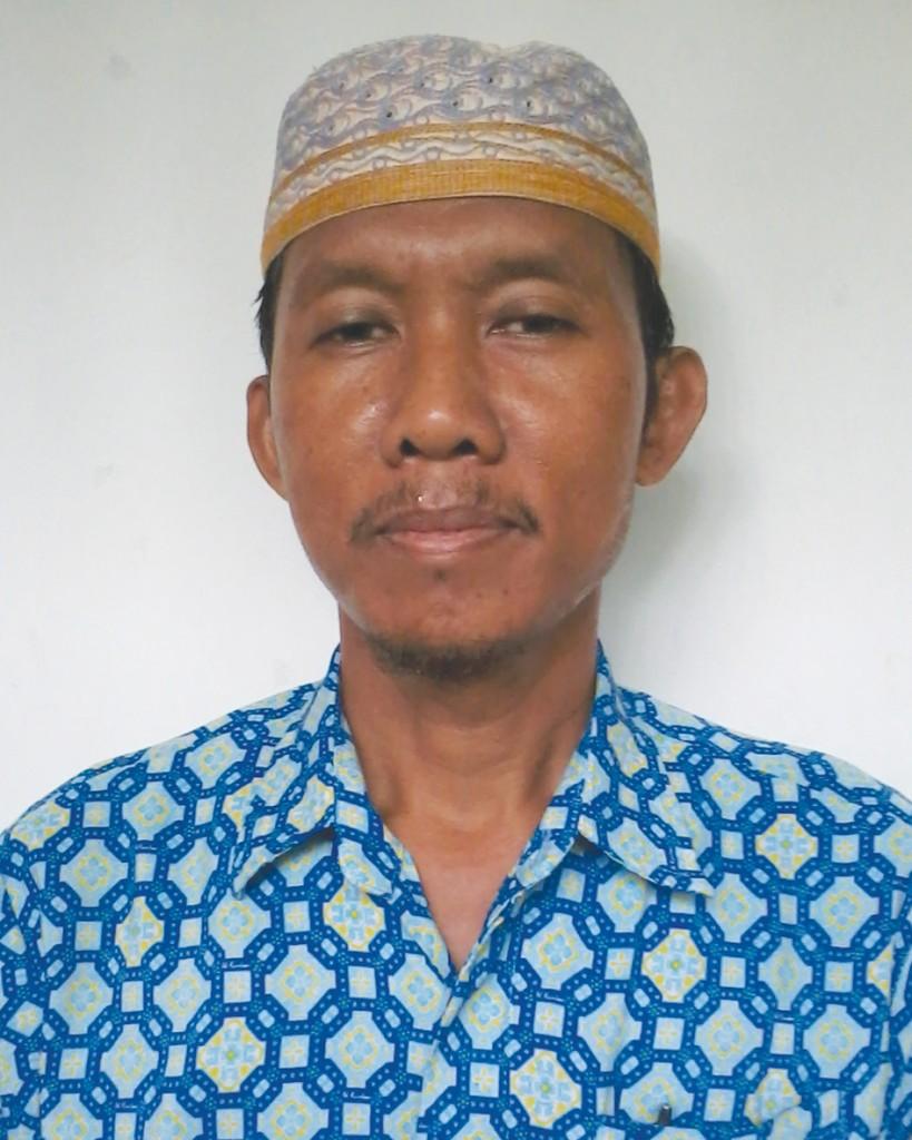 Ir. H. Taviv Ariyanto B ( Guru Teknologi Ilmu Komputer )
