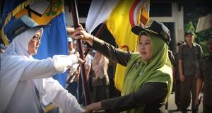 Serah Terima Bendera