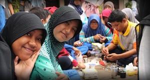 Pembuatan Bom Asap oleh Ekstrakurikuler Kelompok Ilmiah Remaja (KIR)