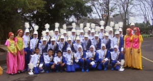 Tim drumband SMP AL Kautsar